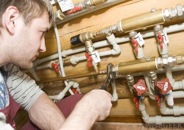 dépannage plomberie Evere avec 2 ans garantie